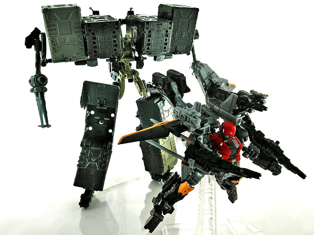 2019-04-11_diaclone_ps-maneuver-skyjacket_unite1-1.jpg