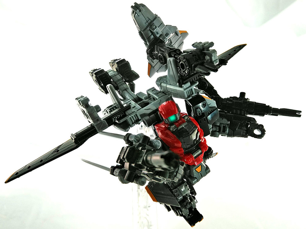 2019-04-11_diaclone_ps-maneuver-skyjacket_unite1-4.jpg