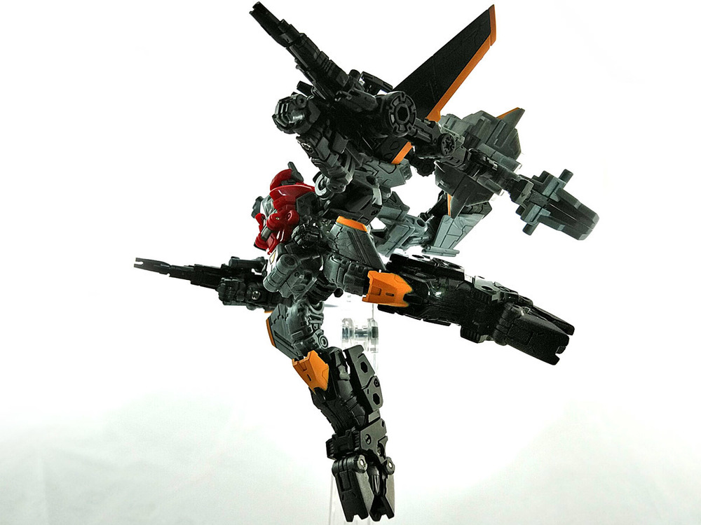 2019-04-11_diaclone_ps-maneuver-skyjacket_unite1-7.jpg