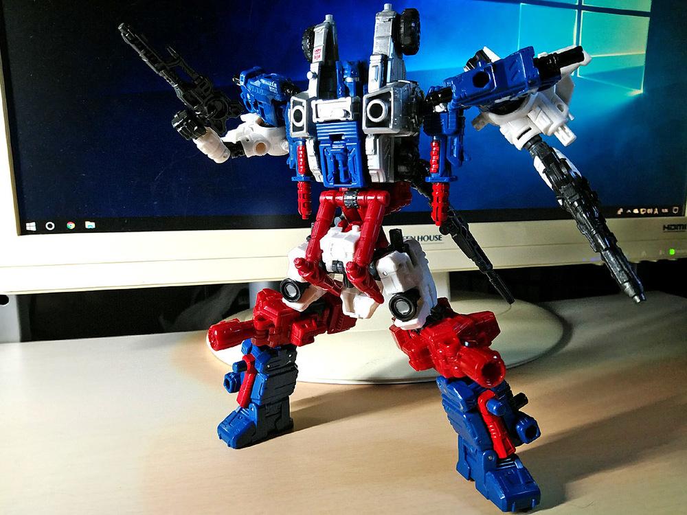 2019-05-31_transformers-siege_sixgun_cog-six2-1.jpg