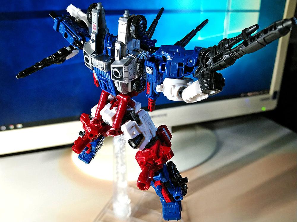 2019-05-31_transformers-siege_sixgun_cog-six2-9.jpg