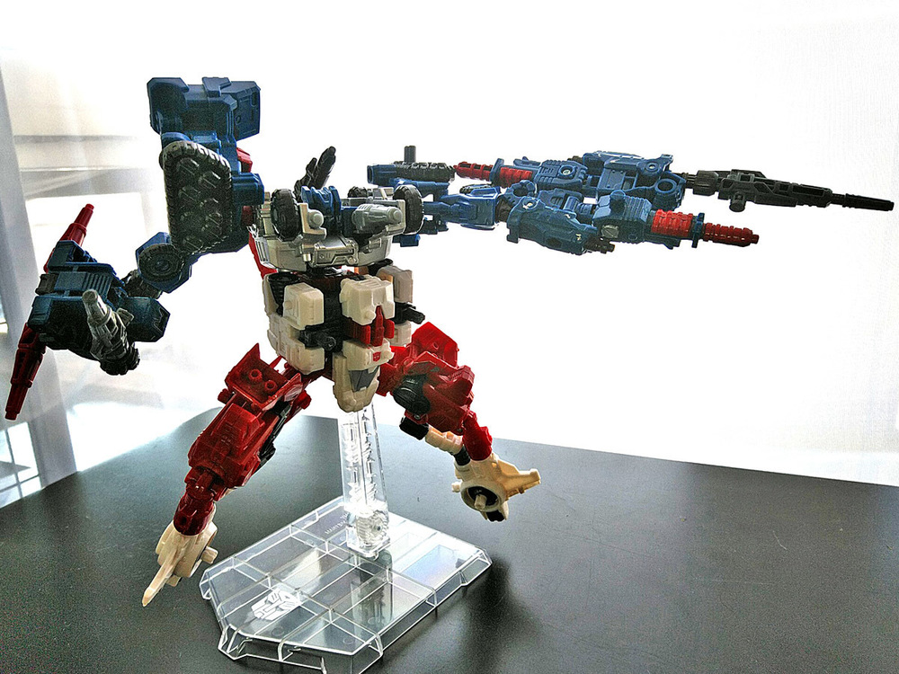 2019-05-31_transformers-siege_sixgun_cog-six7.jpg