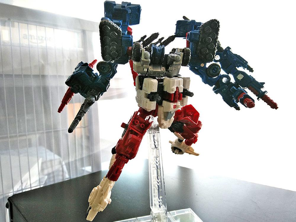 2019-05-31_transformers-siege_sixgun_cog-six9.jpg