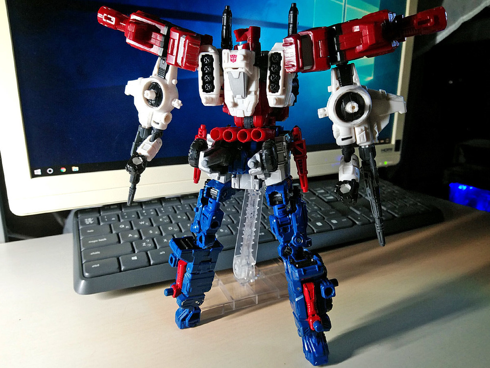 2019-05-31_transformers-siege_sixgun_six-cog3.jpg