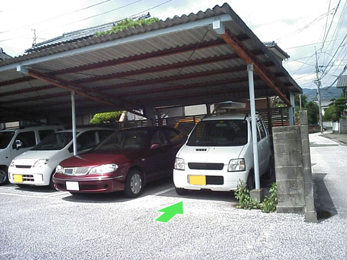 eijaikaya-2006-09-30_parking.jpg