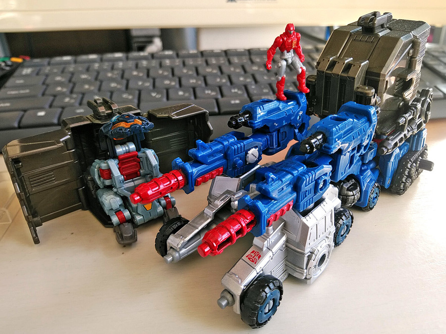 2019-02-28_transformers-siege_autobot-cog_vehicle2-2.jpg