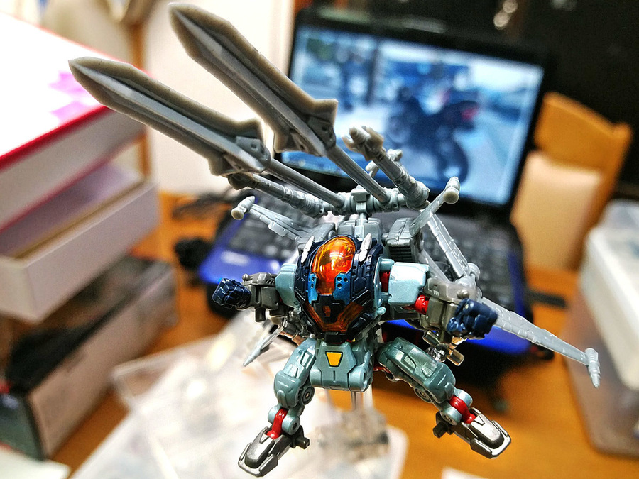 2019-03-04_diaclone_cross-septer_mode2-3.jpg