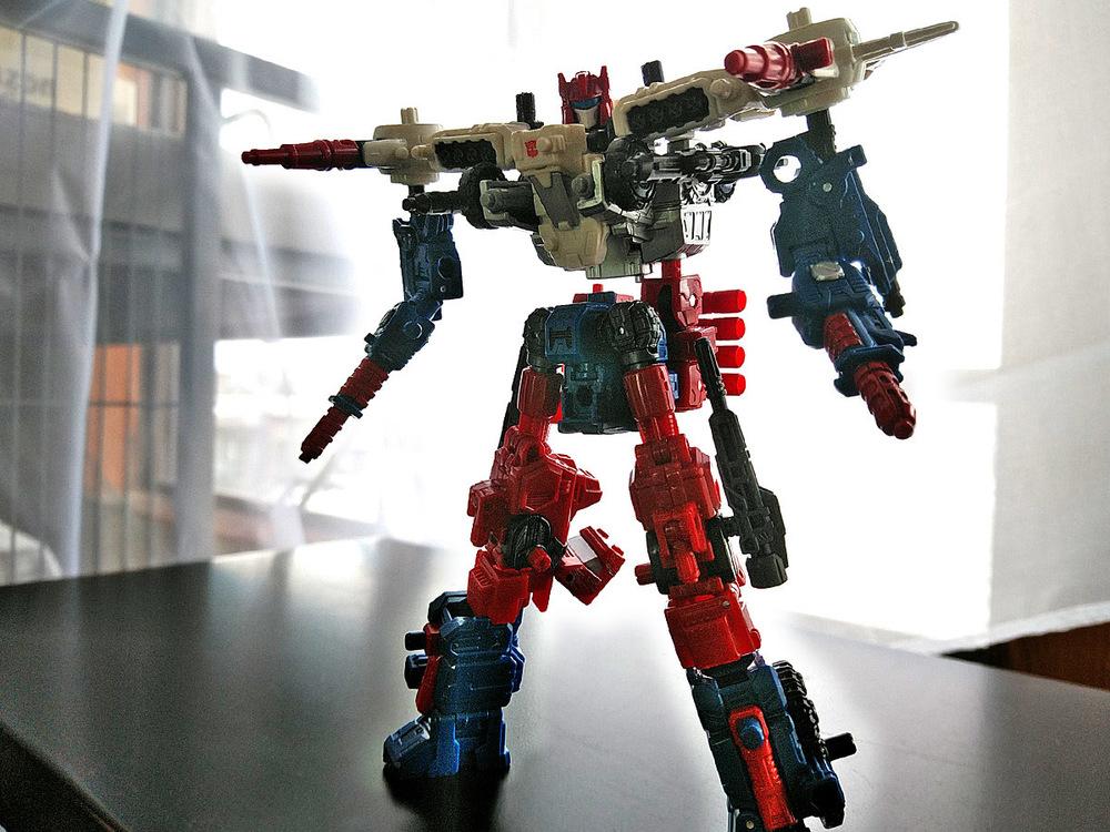 2019-04-29_transformers-siege_sg18-sixgun_unite1-1.jpg