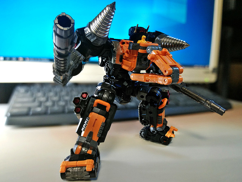 2020-02-06_diaclone-trivers_tridigger_double-arm2.jpg