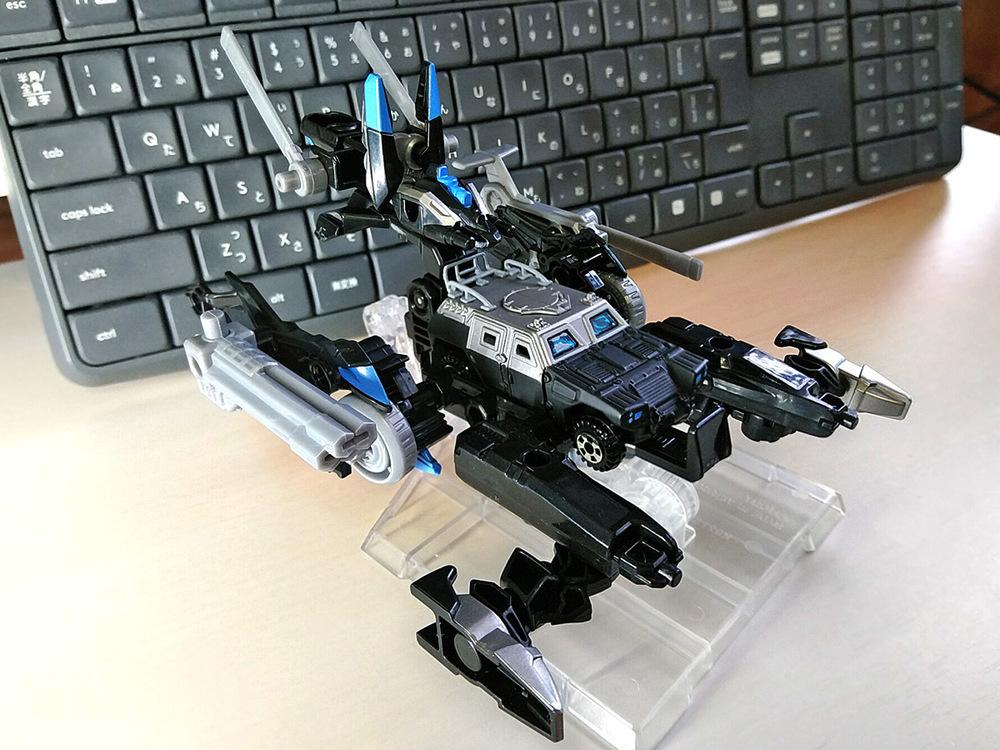 2020-02-23_tomica-hyper-bluepolice_buildup-tomica_powerd-armor-set5.jpg