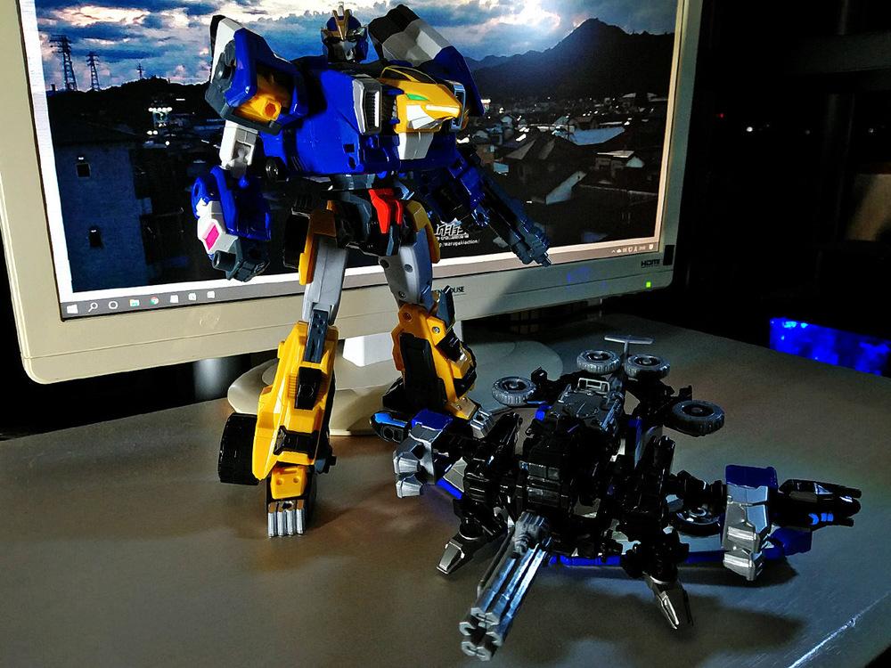 2020-04-26_earth-granner_powerd-armor-set_eagle-cheetah10.jpg