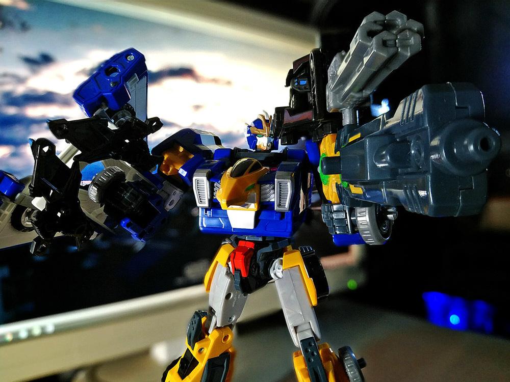 2020-04-26_earth-granner_powerd-armor-set_eagle-cheetah3.jpg